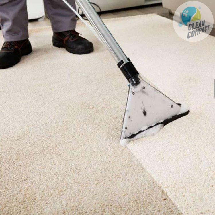 Canapeaua și mocheta voastră merită cel mai bun tratament, oferit de firma de curățenie Clean Compact!