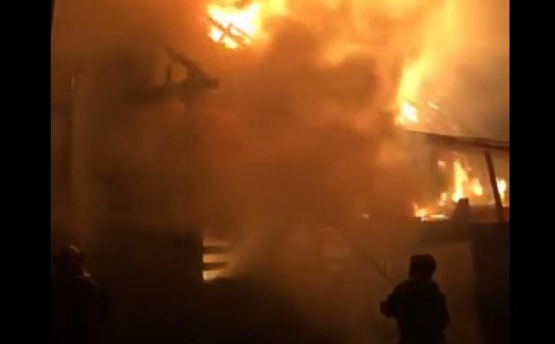 Peste 6.800 de incendii în România anul trecut! Doar în weekend la Cluj au avut loc trei incendii