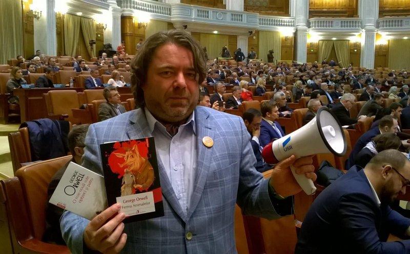 Scandal în USR. Senatorul clujean Mihai Goțiu îi cere demisia lui Dan Barna