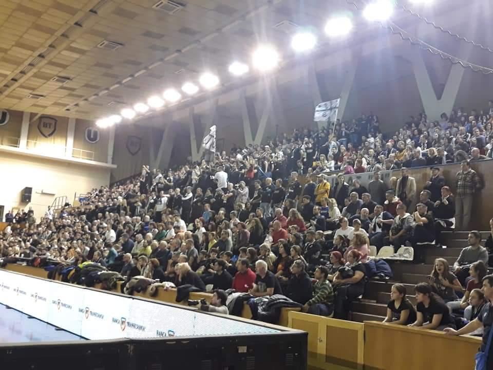 Atmosferă senzațională la meciul de baschet U-BT Cluj cu Timișoara din semifinalele Final Four-ului Cupei României – FOTO-VIDEO