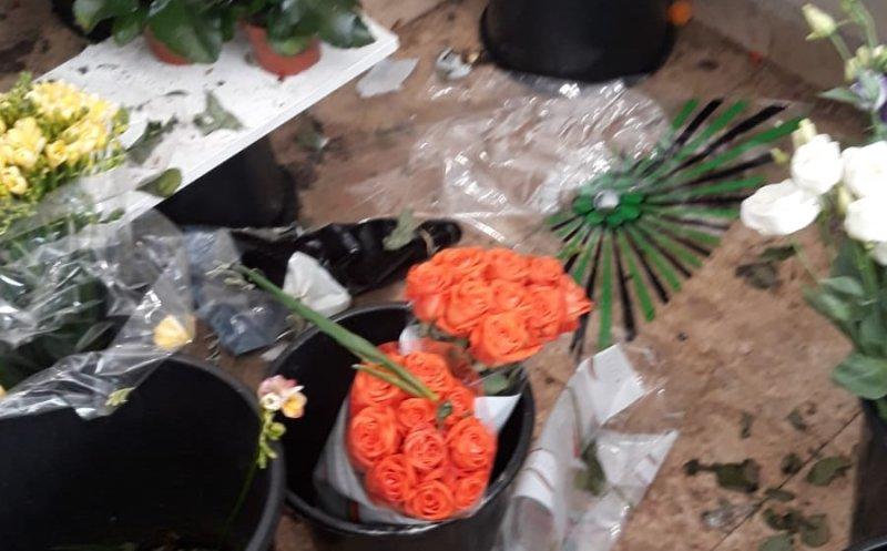 O florărie din centrul Clujului, închisă de OPC Cluj pentru mizerie