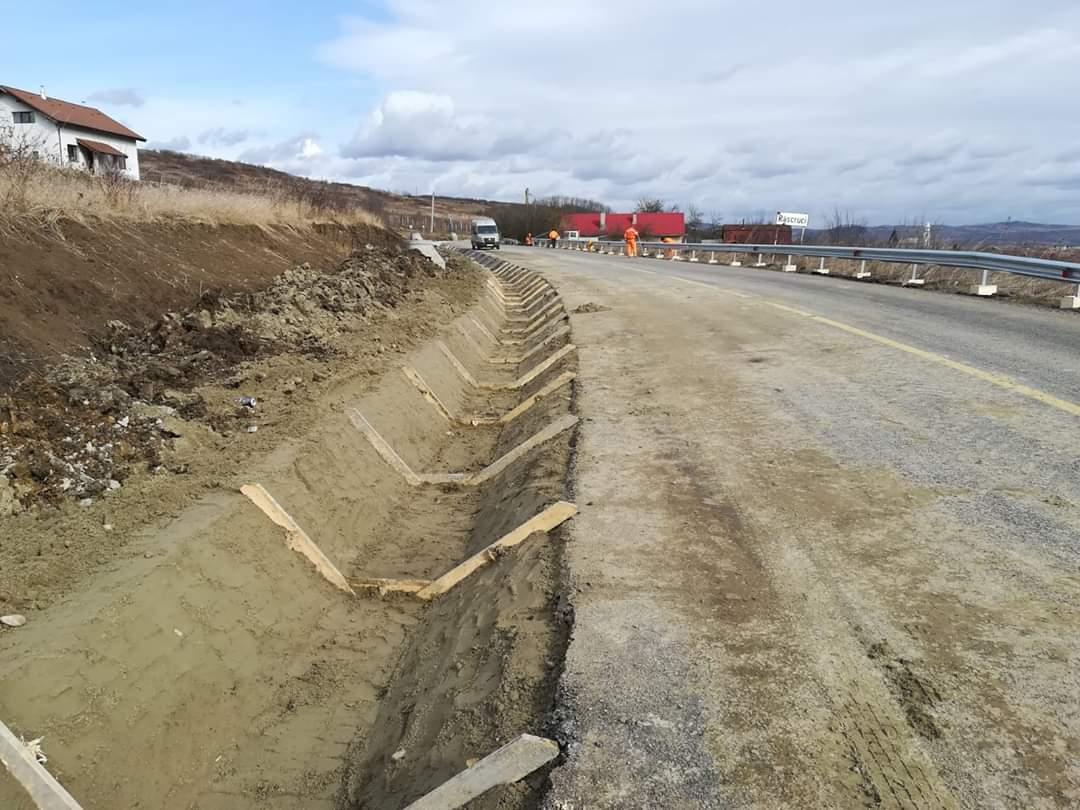 Lucrările de modernizare a Drumului Bistriței s-au reluat