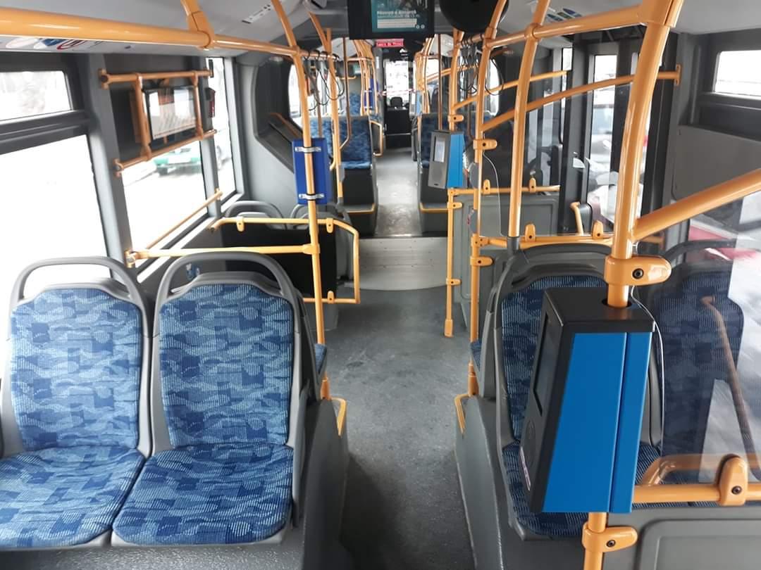 Carantina totală are efect la Cluj. Autobuzele s-au golit, iar clujenii stau izolați în case