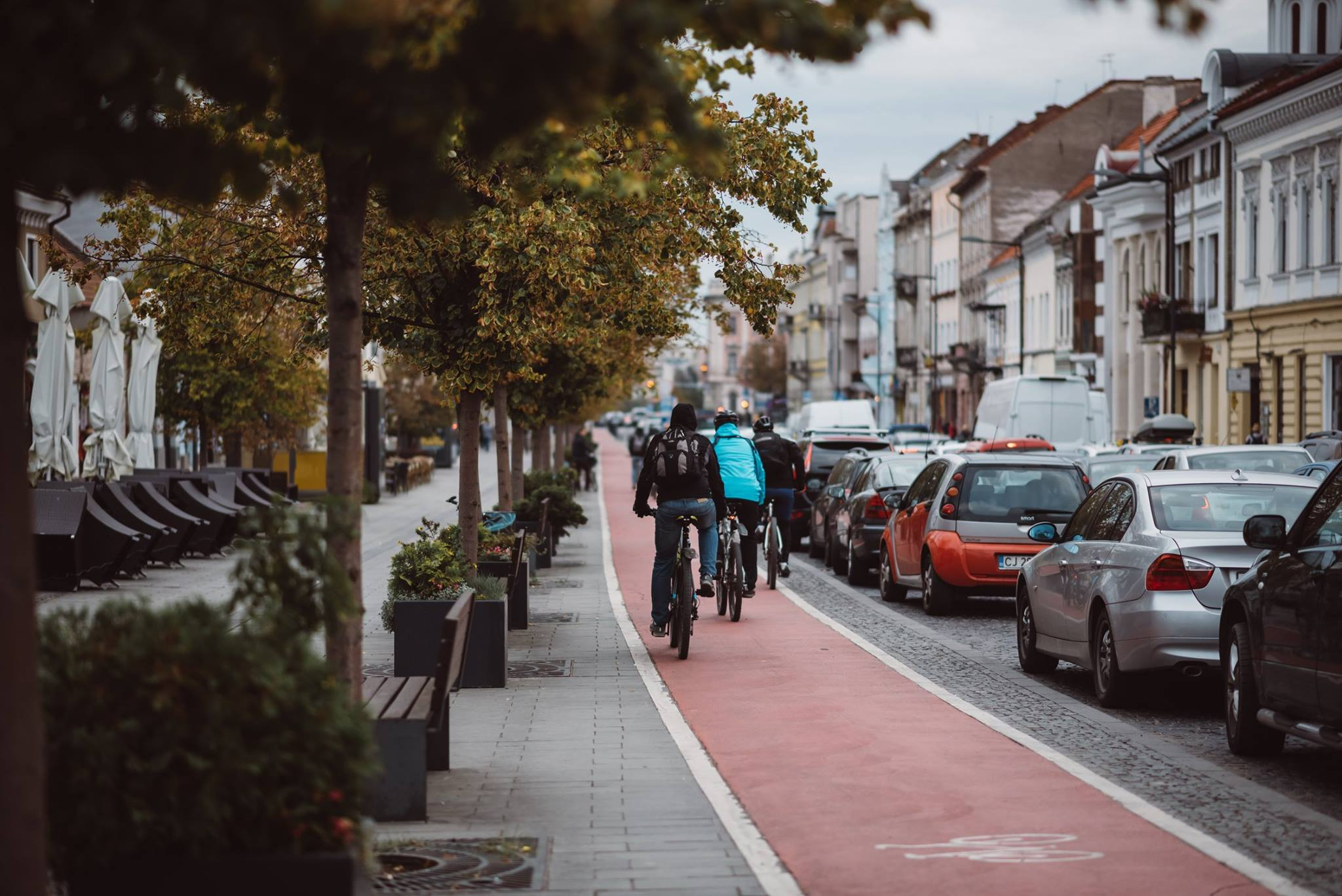 """Clujul, neprietenos cu bicicliștii. """"Nu mai încurajez pe absolut nimeni să folosească bicicleta în Cluj, orașul nu este pregătit nici ca infrastructură, nici ca mentalitate"""""""