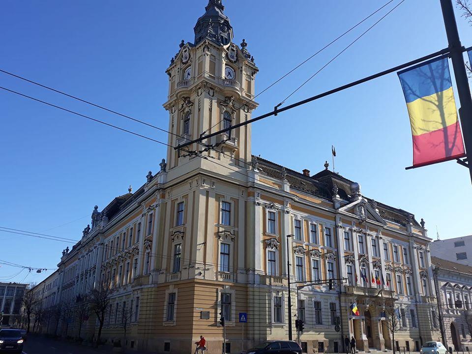 Primăria Cluj-Napoca revine la programul normal