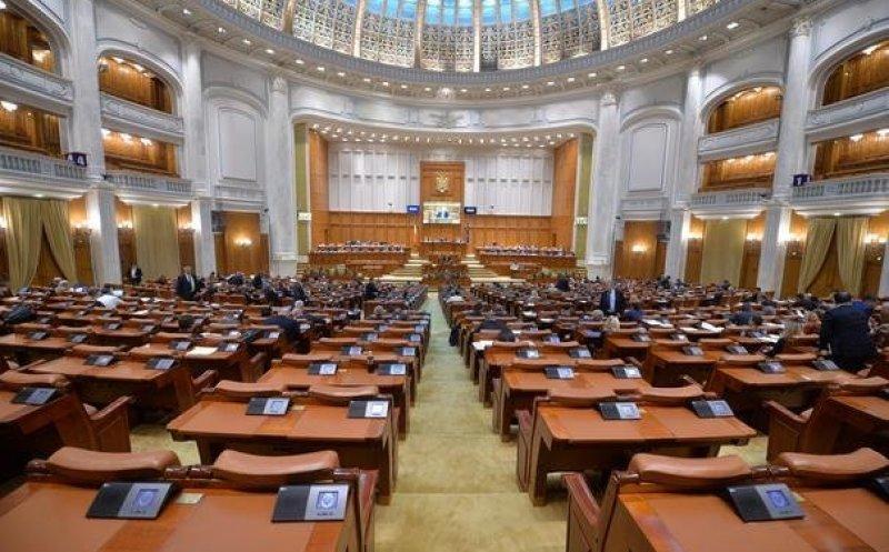 Ședință online în Parlament pentru votarea prelungirii stării de urgență. PRO România și ALDE votează împotriva