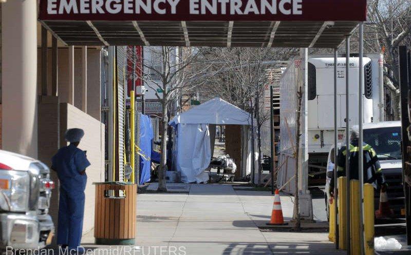 Un nou bilanț record  de decese de coronavirus în SUA