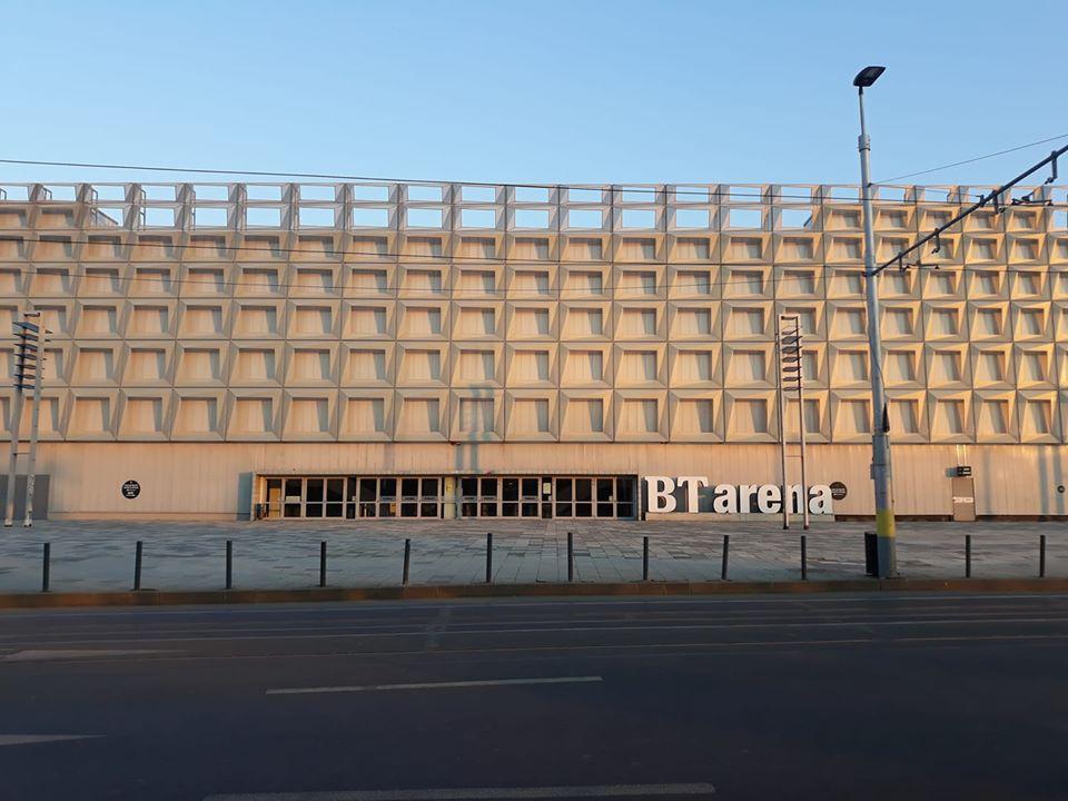 Sala Polivalentă devine centru de carantină pentru tratarea bolnavilor de COVID-19, cu 350 de paturi