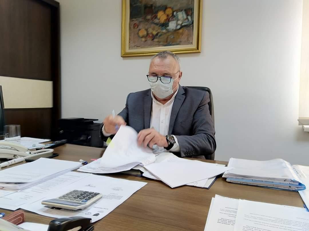 Spitalul privat Polaris a intrat oficial în prima linie a combaterii COVID-19. Consiliul Județean Cluj a semnat contractul de închiriere