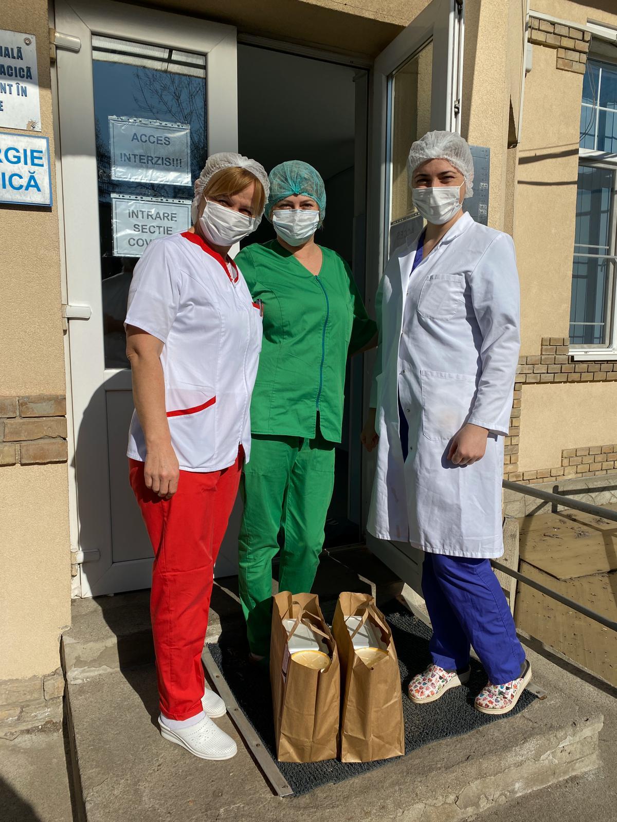 """Comunitatea clujeană susține proiectul """"Masă pentru medici"""", inițiat de JCI Cluj! Cum poți dona și tu?"""
