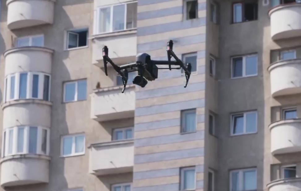 Clujenii vor fi supravegheați cu drona pentru a respecta restricțiile de circulație