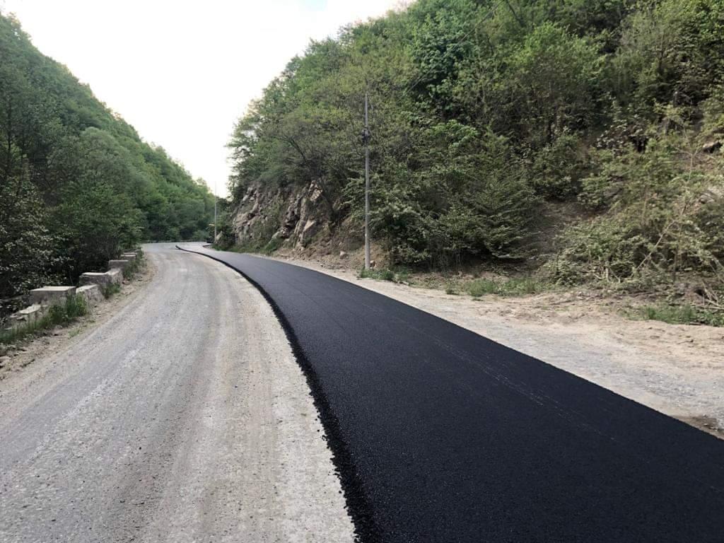 Lucrări de asfaltare, pe sectoare, pe drumul județean 107M Băișoara – Săcel – Liteni – Lita – Săvădisla