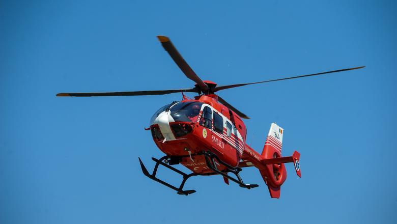 Un bărbat a căzut într-o râpă de la 20 metri în Cheile Turzii. Un elicopter SMURD a intervenit