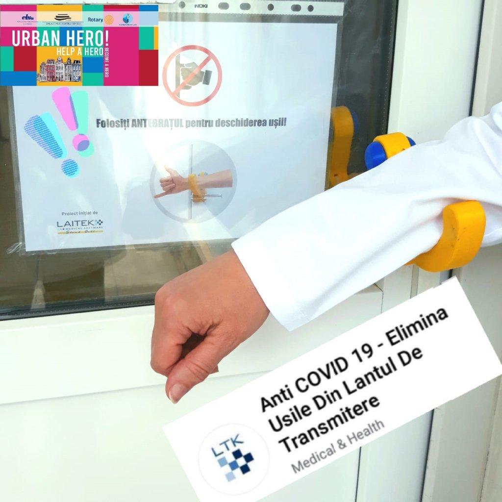 Mânere speciale anti-COVID-19, realizate de voluntari și instalate la Spitalul Oncologic din Cluj