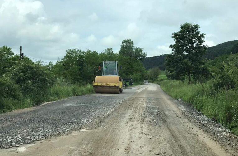 Au început lucrările de întreținere pe drumul județean 109A Vultureni – Panticeu – Recea Cristur – Dealu Jurcii – DJ 108B