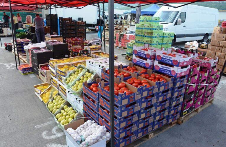 Clujenii sunt așteptați în Piața Agro Transilvania din Dezmir cele mai bune prețuri la fructe și legume