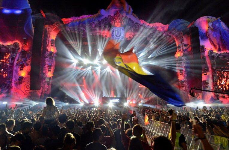 Fanii festivalului UNTOLD pot contribui la aftermovie-ul 2020 cu cele mai memorabile momente