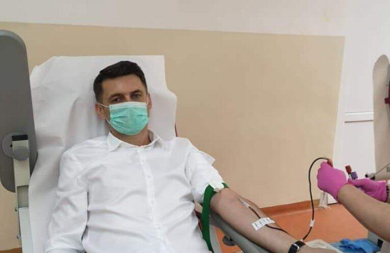 Prefectul Mircea Abrudean, reconfirmat pozitiv la al doilea test COVID-19 și va rămâne internat la Spitalul de Boli Infecțioase alături de familie