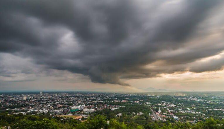 COD GALBEN la Cluj de vijelii, ploi torențiale și grindină
