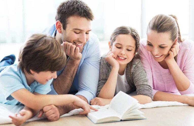 OUG: Părinţii salariaţi vor primi zile libere plătite dacă şcolile se închid din cauza COVID-19