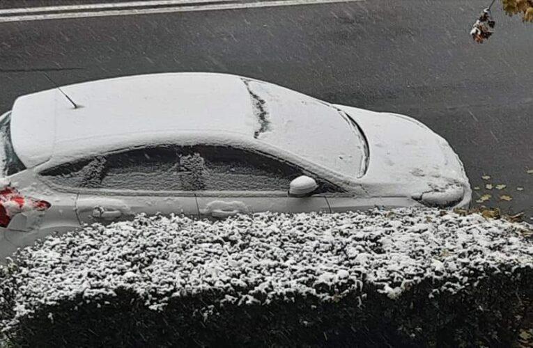 Prima zăpadă la Cluj. Se circulă în condiții de iarnă – MARE ATENȚIE