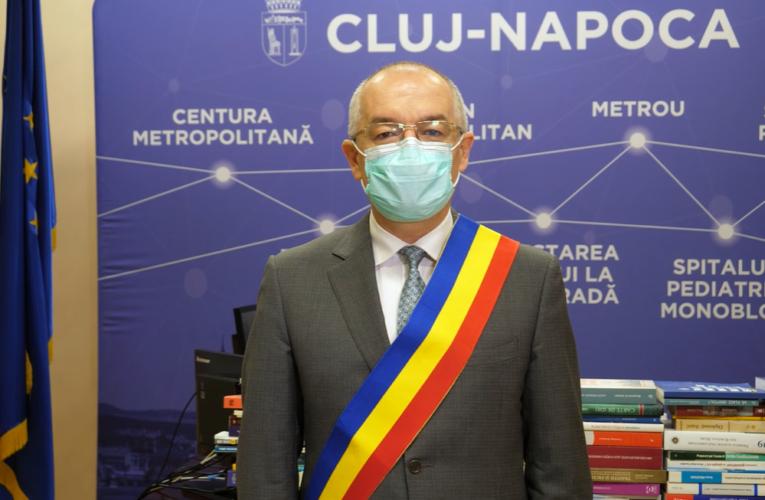 """Mesajul de Crăciun al primarului Emil Boc: """"Sărbători liniștite, sănătoase. Am trecut prin multe greutăți în acest an. Încă nu a trecut greul, dar 2021 ne va aduce mai multe zile senine"""""""