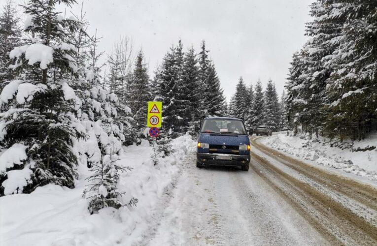 Au fost instituite noi măsuri de circulație în zona Muntele Băișorii- Buscat