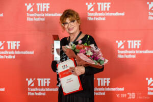 Cezara-Dafinescu-Premiul-pentru-intreaga-Cariera-TIFF-2021-Foto-Nicu-Cherciu-1