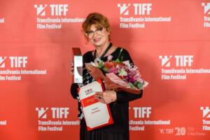 Cezara-Dafinescu-Premiul-pentru-intreaga-Cariera-TIFF-2021-Foto-Nicu-Cherciu